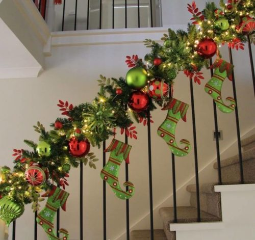 green-red-christmas-stairs
