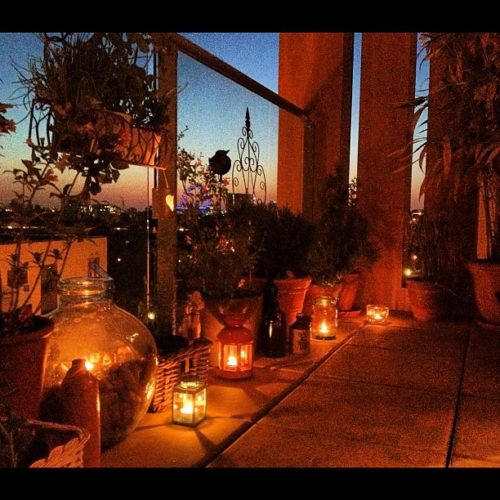 balcony decor with candles