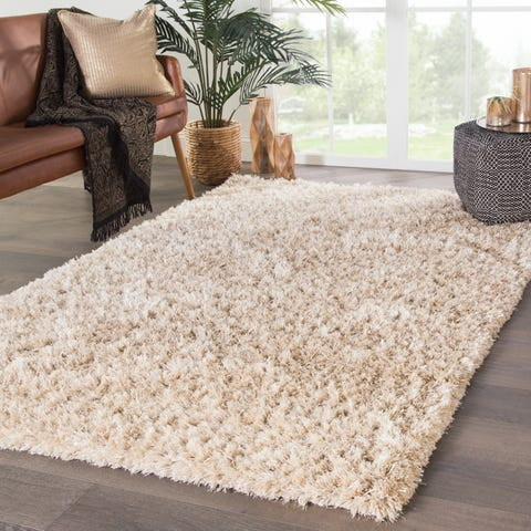 Add Warmth and Coziness in your Room with Flokati Rugs